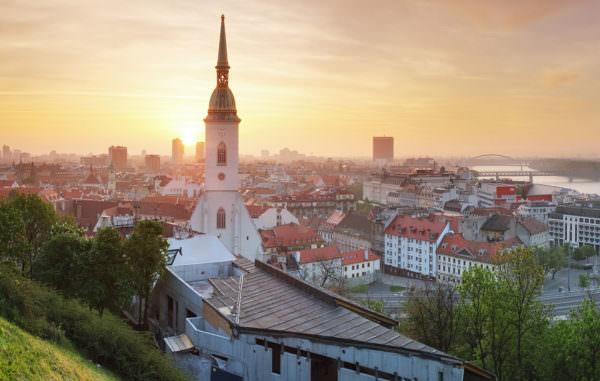 Aussicht von der Pressburg über Bratislava